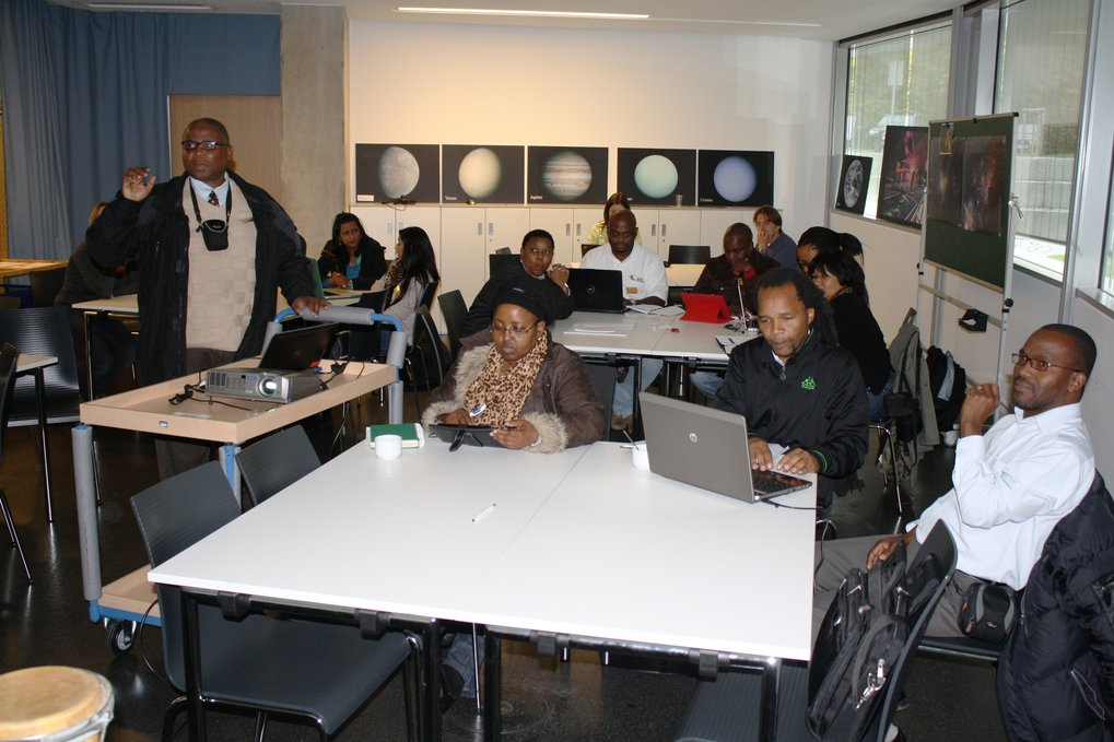 South African teachers, astronomers and communicators in one of the workshop rooms of Haus der Astronomie at an event in the framework of the German-South African Year of Science 2012/2013.